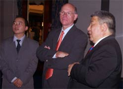 Norbert Lammert, the President of the Bundestag, the German parliament, Galbaatar Tuvdendorj, Ambassador of Mongolia, Federal Republic of Germany 2006 Berlin